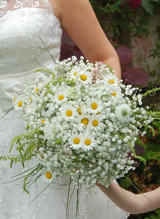 wedding flowers pembrokeshire