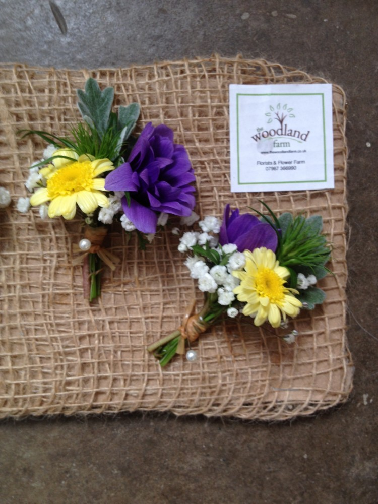wedding buttonholes pembrokeshire